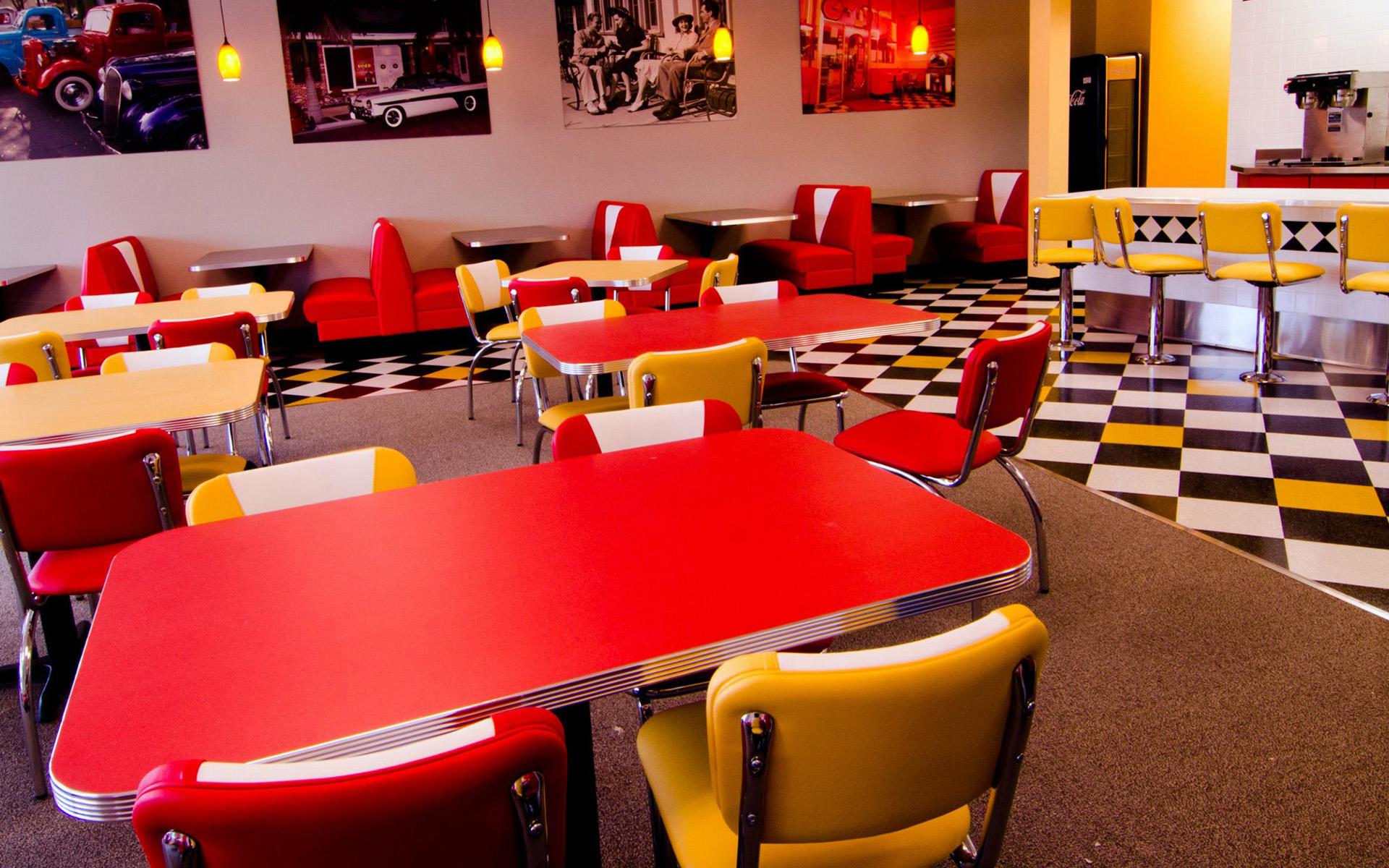 Inside Ze's Diner Woodbury