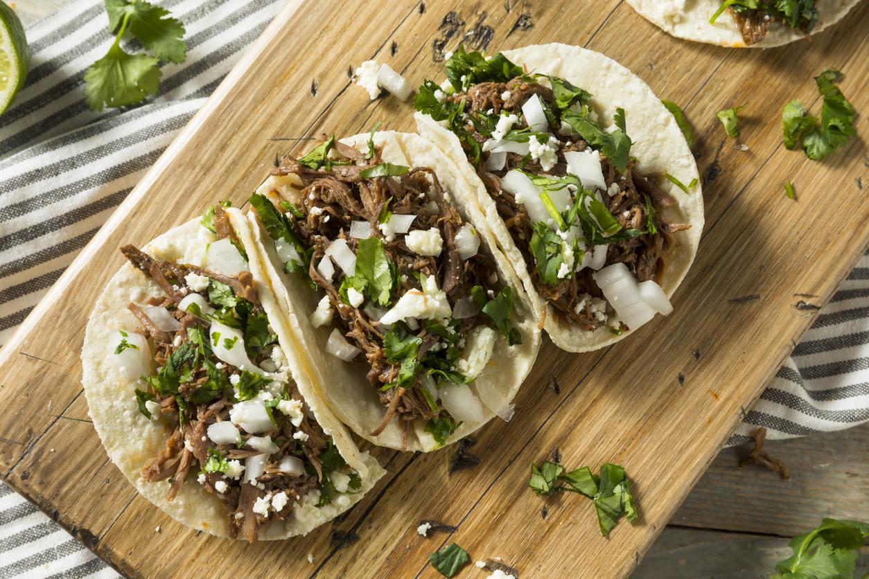 Spicy Homemade Beef Barbacoa Tacos - Zesdiner